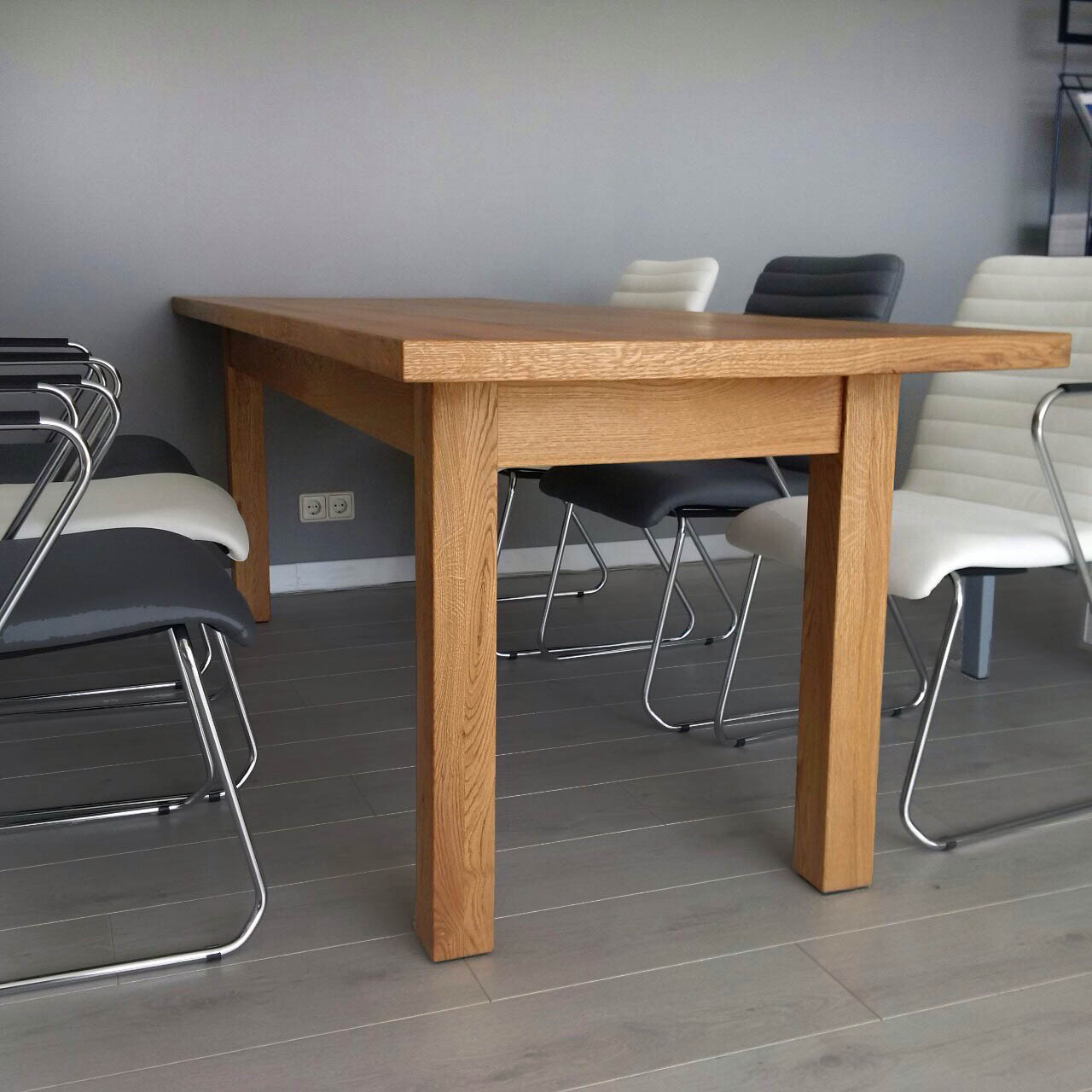 Oak Table Example