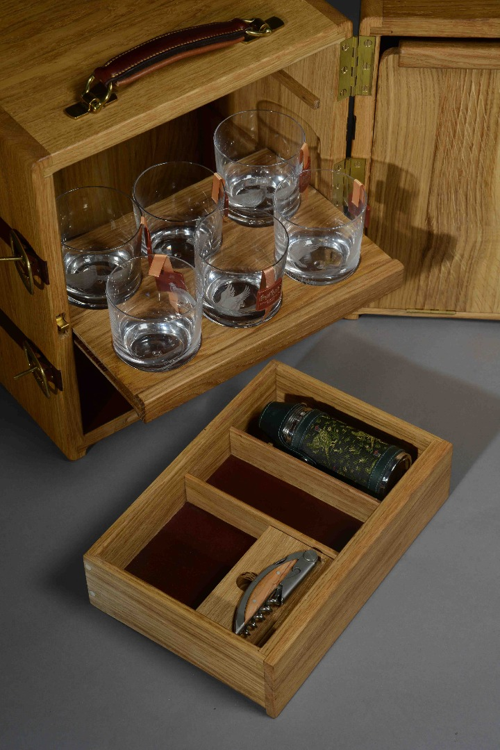 Drinks Chest Drawer Out